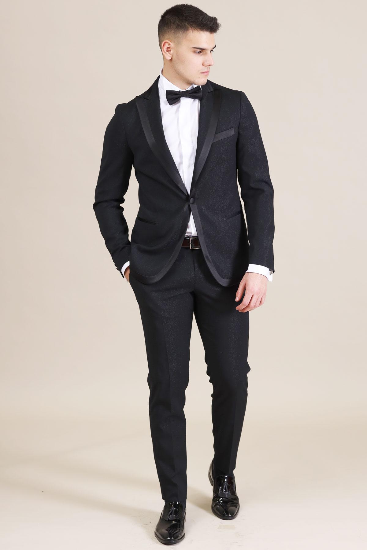 костюм за сватба в син цвят 2021