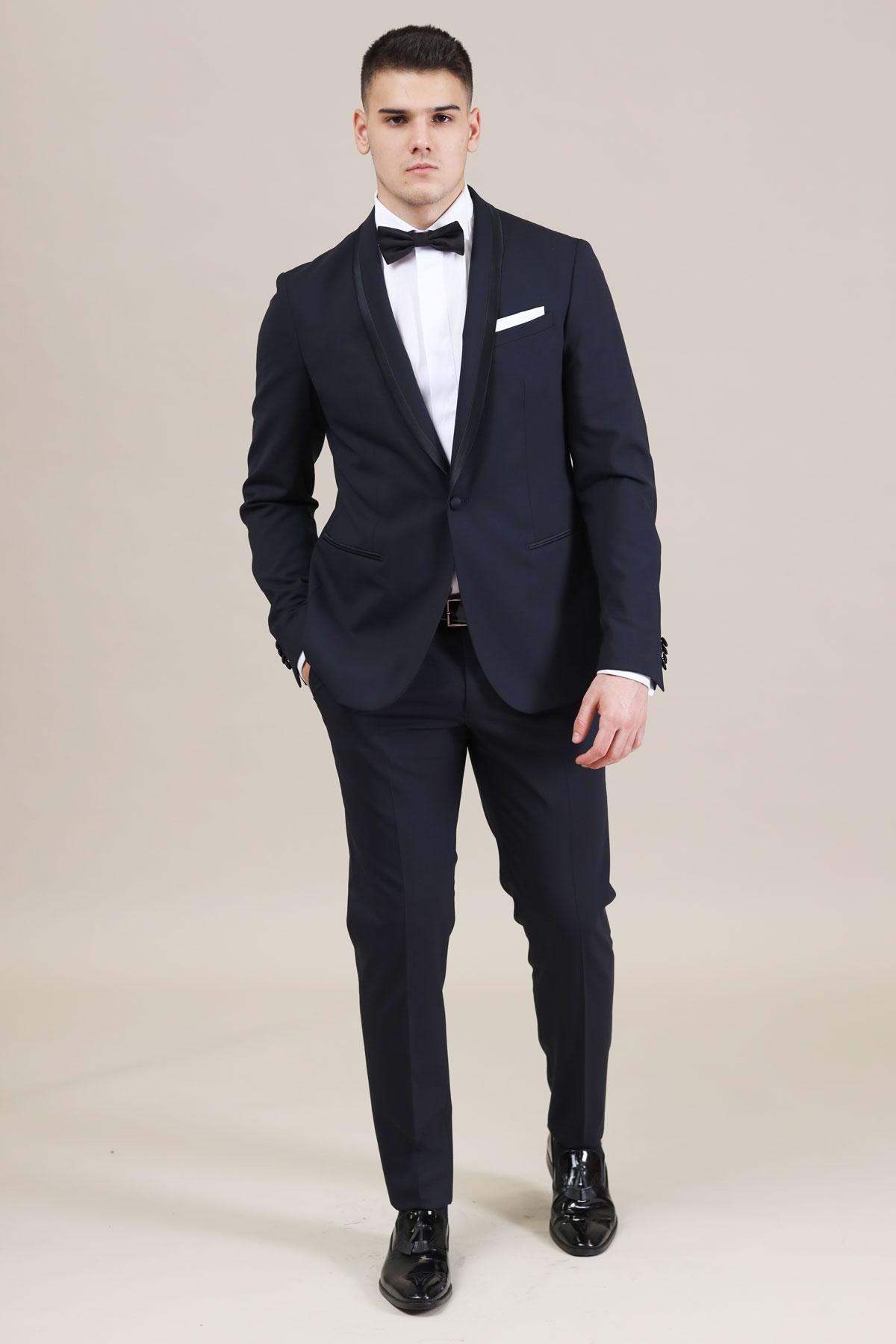 костюм за сватба в черен цвят 2021